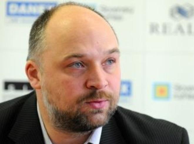 Holeša pokračuje ako prezident SZH